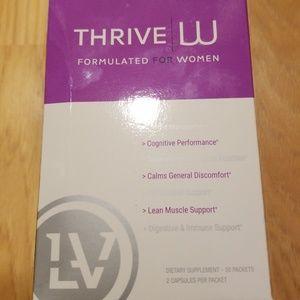 Thrive women's vitamins 19 packs